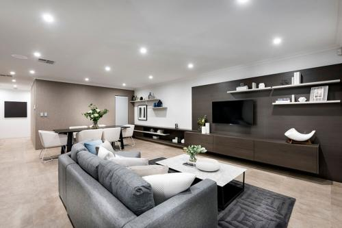 Dreammade Interiors